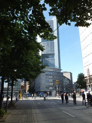 Blick aufs Bankenviertel vom Schweizer Platz aus